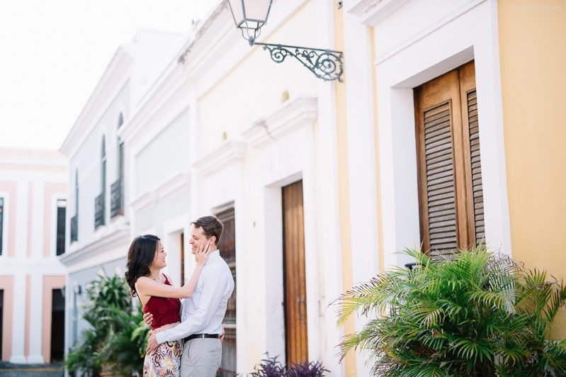 Romantic Stroll through Old San Juan for an Engagement Session 015
