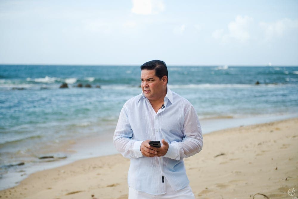 Beach elopement photography in Old San Juan by Puerto Rico photographer Camille Fontanez